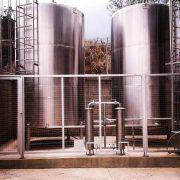 Sistemas de almacenamiento y tratamiento para agua
